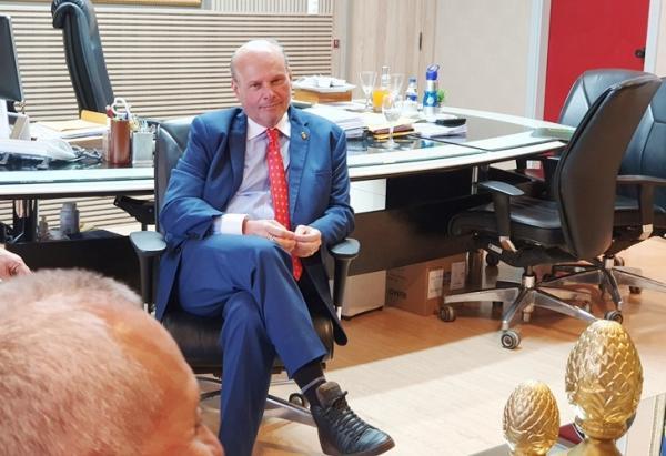 Presidente do TCE/AM diz que desconhece contratações temporárias do governo do AM