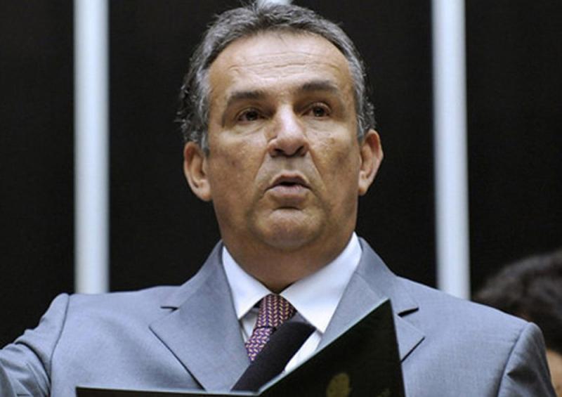 Operação da PF cumpre busca contra Caixa 2 do governador do Pará