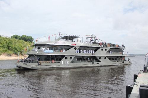 Navio Hospitalar da Marinha partiude Manaus para a