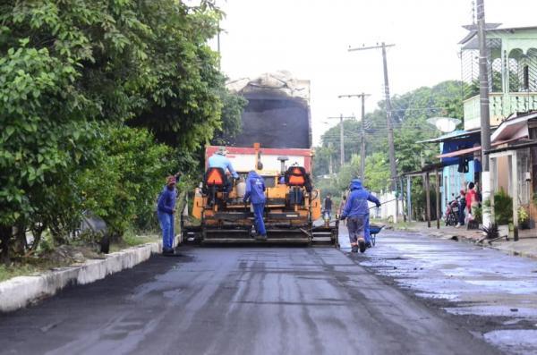 Maués recebe mais uma usina de asfalto e intensifica trabalho nas ruas, diz prefeito