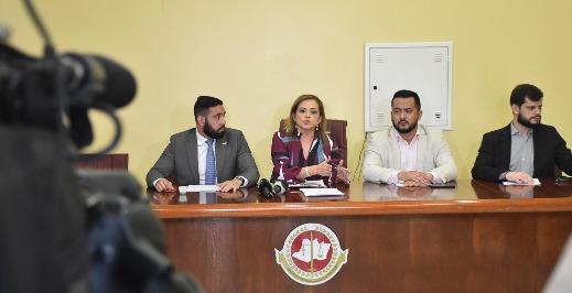 Recomendação do MPAM alerta sobre abusos em contratos e material escolar