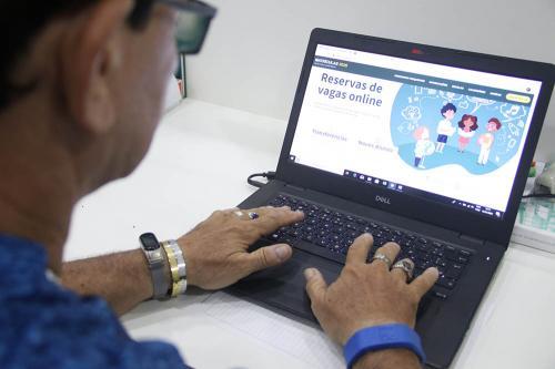 Site de matrículas registra 1 milhão de acessos no primeiro dia de transferência