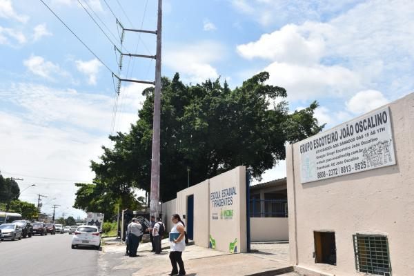 Justiça acata Ação do MPAM e proíbe mudanças na Escola Tiradentes