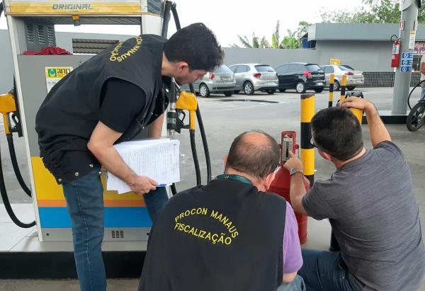 Em 2019, multas a bancos e postos de combustíveis supera R$ 300 mil, diz Procon-AM