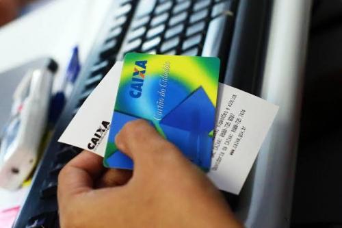 Caixa e Banco do Brasil começam a pagar hoje (16) abono do PIS/Pasep