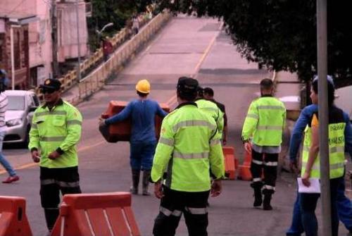 Em processo de revitalização, ponte do Educandos é interditada totalmente