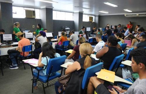 Entrega de documentos do Bolsa Universidade vai até quinta-feira, 23