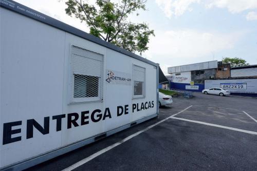 Mudança para placa Mercosul não é obrigatória para todos os veículos
