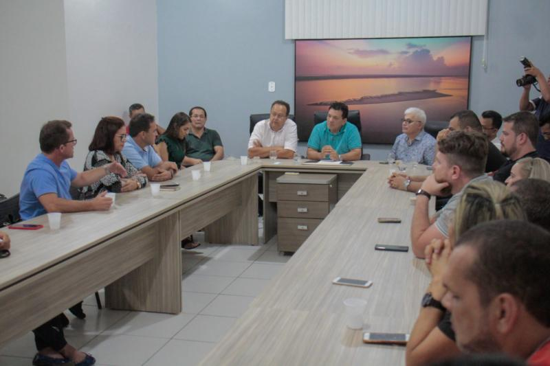 Silas Câmara anuncia R$ 10 milhões em investimentos para Parintins