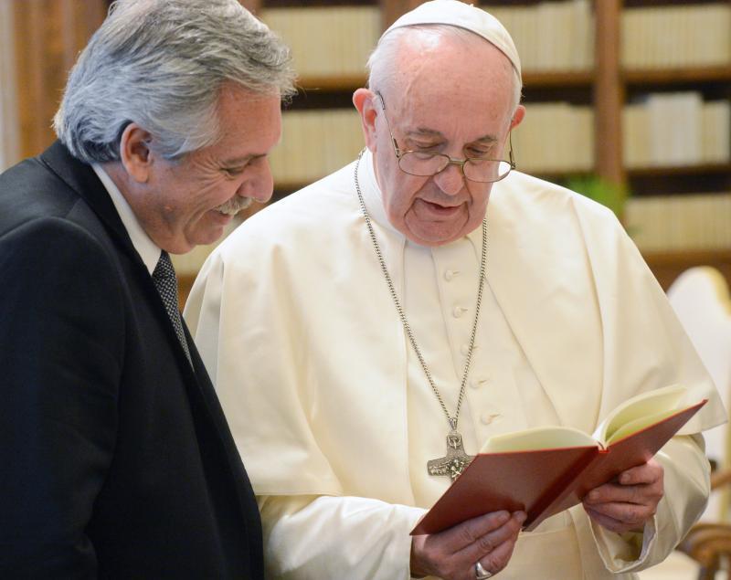Papa Francisco receberá Lula, diz presidente argentino