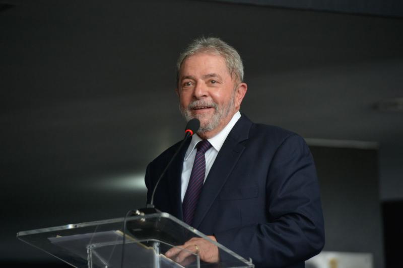 Justiça rejeita denúncia do MPF contra Lula por invasão de tríplex