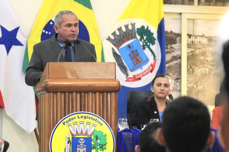 Na Câmara, prefeito destaca retomada do crescimento econômico de Santarém