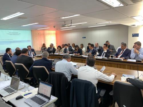 Governo do AM aprofundará discussão do ICMS sobre combustíveis no Comsefaz, em Brasília