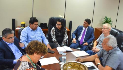 Prefeitura de Parintins estuda construção de Estação de Tratamento de Água captada do Rio