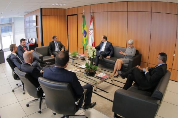 Wilson garante que defesa da ZFM será tratada no Fórum de Governadores, em Brasília