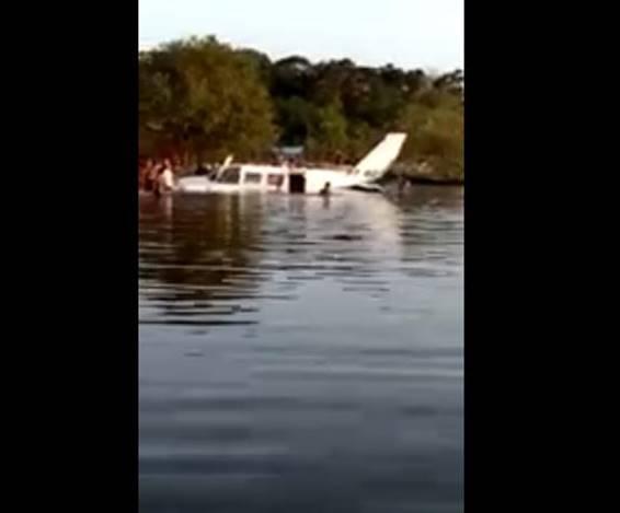 Avião bimotor faz pouso forçado na região do rio Arapiuns, em Santarém