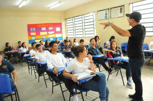 Seduc/AM divulga lista de professores aprovados em processo seletivo