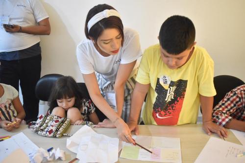 'Creative Day' promove educação empreendedora para pais e filhos, em Manaus