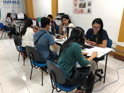Programa Bolsa Universidade convoca estudantes para aderir à contrapartida