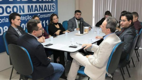 Procon Manaus garante desconto para mais de 650 universitários em negociação com faculdade