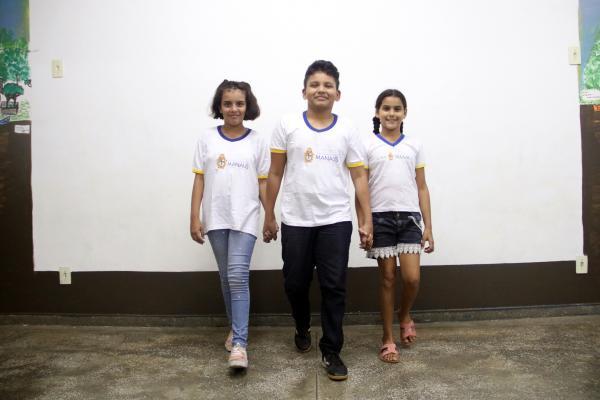 Escolas de Manaus orientam alunos sobre o perigo da nova brincadeira da internet