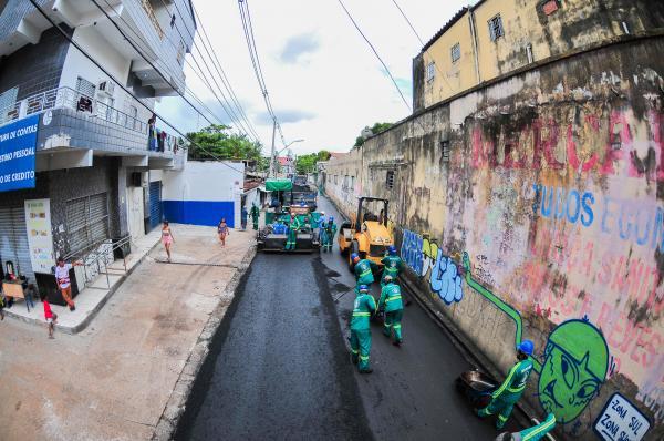'Requalifica' leva asfaltamento aos bairros Crespo, Japiim e Petrópolis, em Manaus