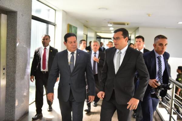 Wilson e Mourão discutem meio ambiente, ZFM e infraestrutura no Amazonas