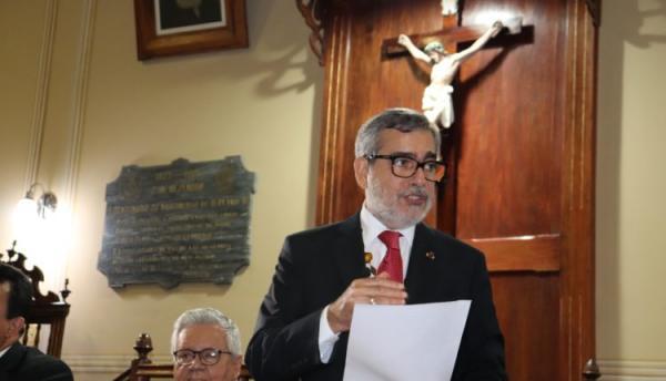 Presidente da Academia Amazonense de Letras faz abertura de conferência sobre Patrimônio Histórico