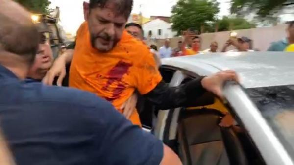 Cid Gomes é baleado ao tentar entrar com retroescavadeira em Batalhão, no CE