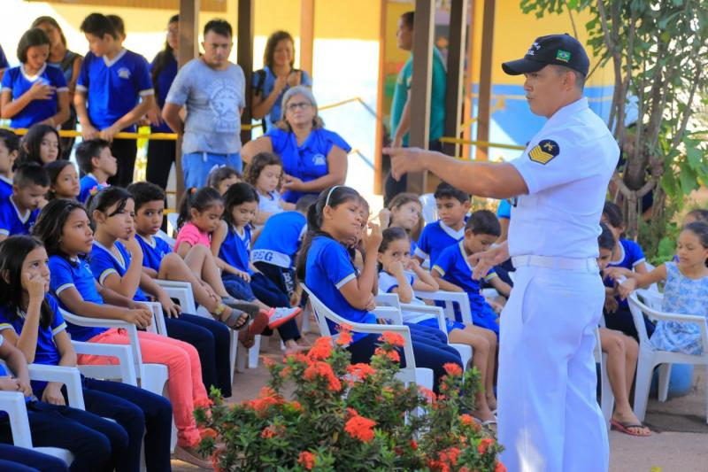 Em parceria, Prefeitura de Santarém e Capitania dos Portos levam projetos a escolas municipais