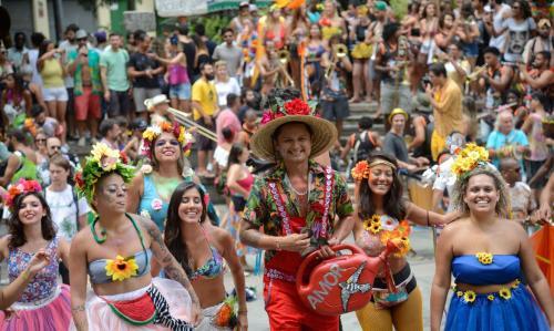 Violência no Carnaval: o que fazer caso você seja vítima ou presencie um crime