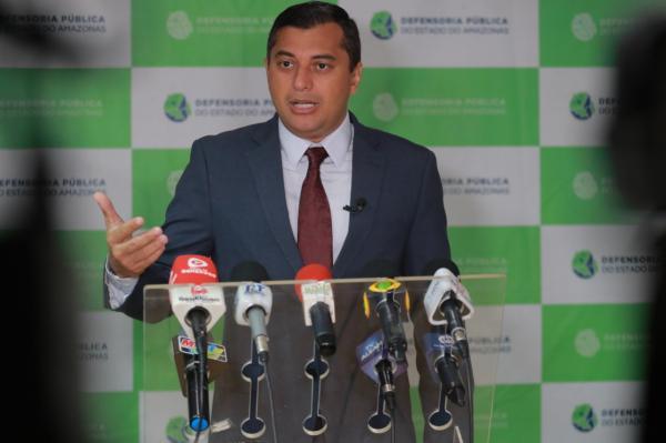 Wilson Lima anuncia auxílio-aluguel a famílias do Monte Horebe até solução para moradias