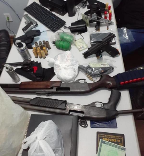 Polícia faz busca na casa de Givancir, apreende arsenal e prende quatro pessoas
