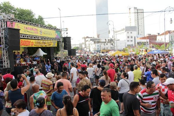 Pós-Carnaval leva sete bandas e blocos de rua aos bairros de Manaus