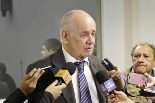 Prefeituras estão com dívida de R$ 209,8 milhões com Amazonas Energia, diz Serafim