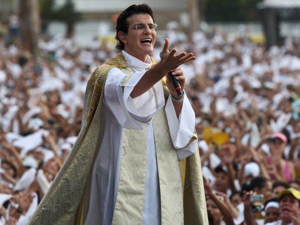 Fazenda da Esperança promove show do padre Reginaldo Manzotti, em Manaus