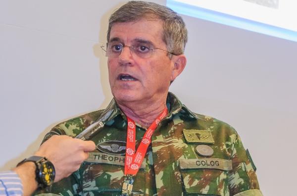 General Theophilo participará de encontro sobre segurança nas fronteiras, em Manaus