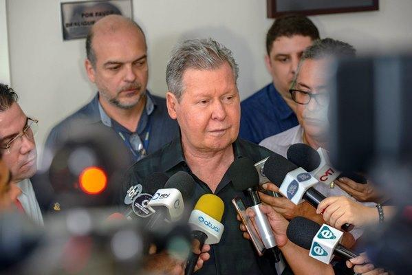 Arthur suspende grande eventos em Manaus e decreta recomendações contra a Coronavírus