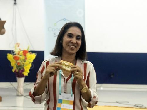 Professora de Manaus selecionada para o 'Prêmio Professor Transformador 2020'