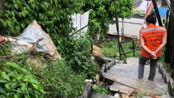 Defesa Civil atende cinco ocorrências durante a chuva desta quinta (19), em Manaus