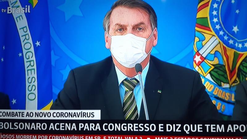 Bolsonaro se nega a mostrar exames para coronavírus que, segundo ele, deram negativo