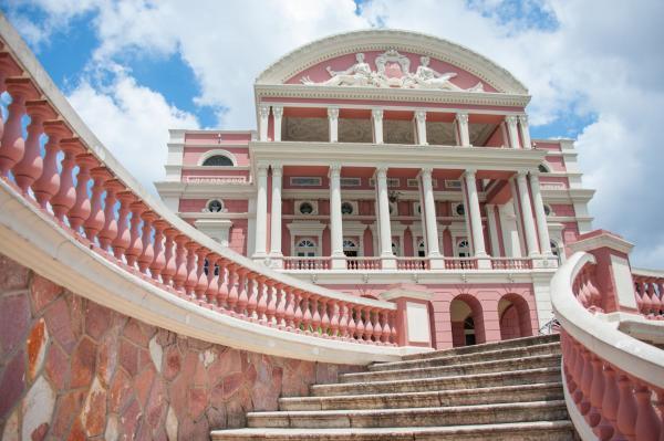 Portal da Cultura oferece videoaulas gratuitas e visita virtual em 360 graus ao Teatro Amazonas