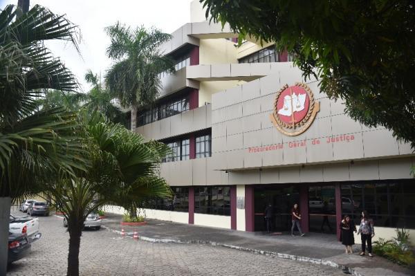 Justiça acata pedido do MP e proíbe carreata contra o isolamento em Manaus
