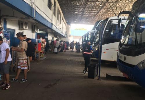 Amazonas suspende viagens intermunicipais de ônibus a partir desta segunda (30)