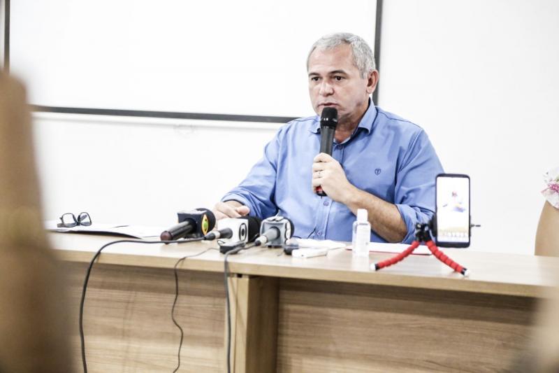 Nélio prorroga medidas temporárias de enfrentamento à Covid-19, em Santarém