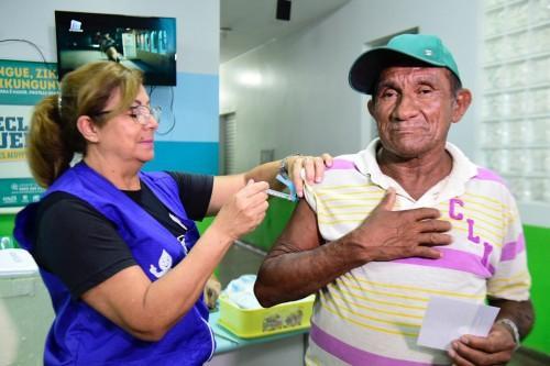 Amazonas já imunizou 115 mil idosos contra a influenza