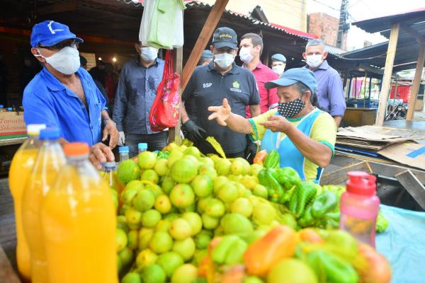 Forças de Segurança deflagram operação 'Fique em Casa' em pontos comerciais de Manaus