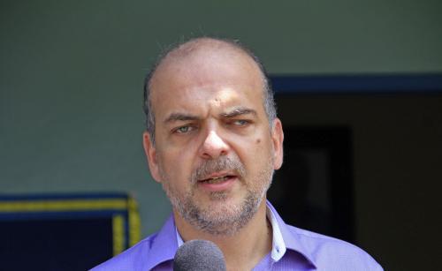 'É um erro grave', reage secretário da Semsa, após Estado associar mortes por Covid-19 à atenção básica