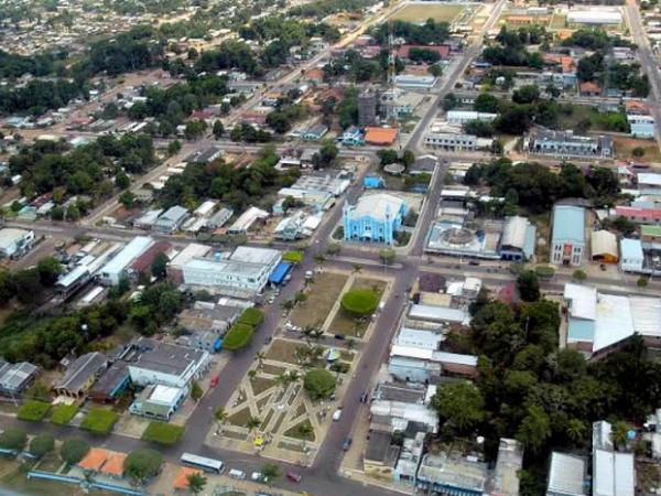 Prefeito de Nova Olinda constrói cemitério em área alagadiça e próxima de poços artesianos