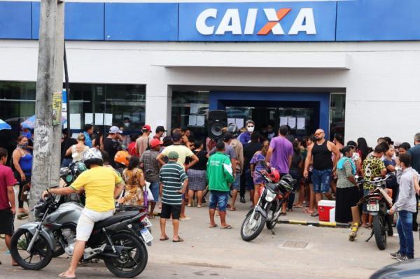 Justiça Federal manda Caixa aumentar horário de atendimento e número de funcionários